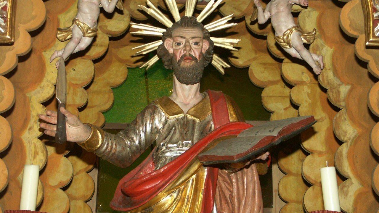 Image: Der hl. Bartholomäus am Hauptaltar der Filialkirche des hl. Bartholomäus in Oberloibach/Zgornje Libuče, Foto: Milan Piko