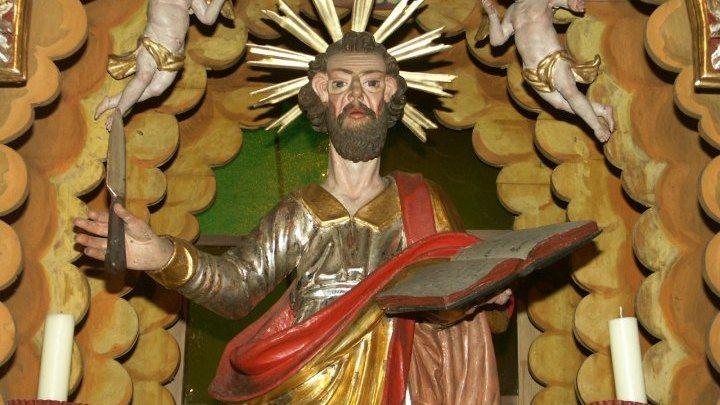 Der hl. Bartholomäus am Hauptaltar der Filialkirche des hl. Bartholomäus in Oberloibach/Zgornje Libuče, Foto: Milan Piko