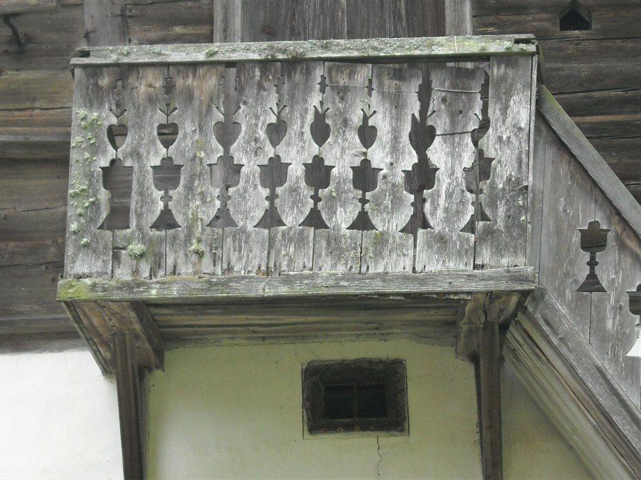 Image: Rezljani balkon na kašči v Lobniku