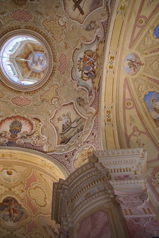 Image: Pogled v kupolo, cerkev Božjega groba, foto: Milan Piko