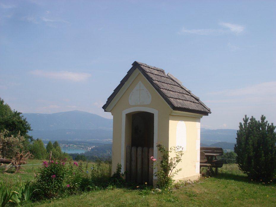 Image: Kapelica v Rutah nad Ločami
