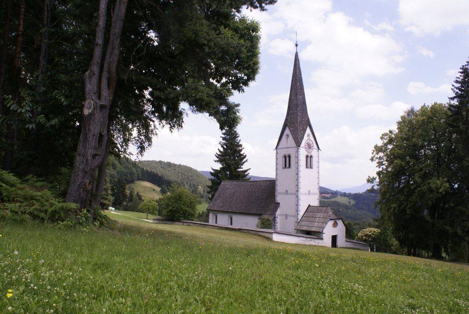Image: Podružnična cerkev sv. Marjete na Komlju, foto: Milan Piko